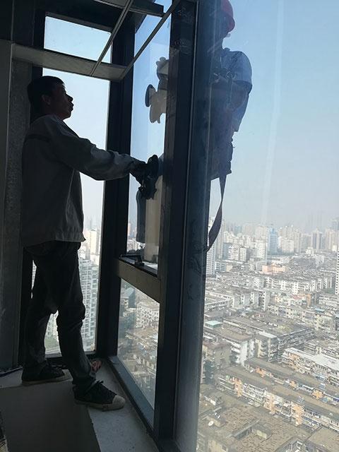 玻璃更换 南昌高空蜘蛛人